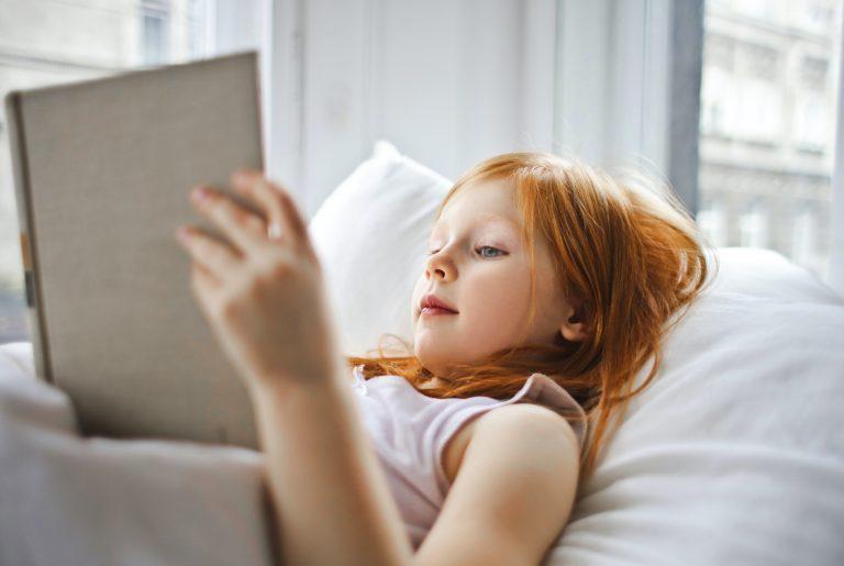 Jak dítěti vybrat správný polštář?