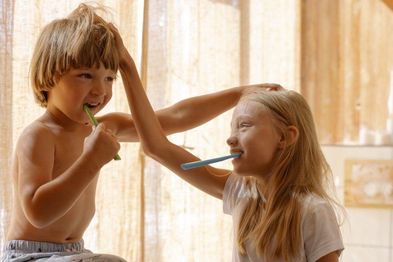 Jak dětem čistit zuby?